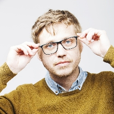 Dr. Uwe Muster