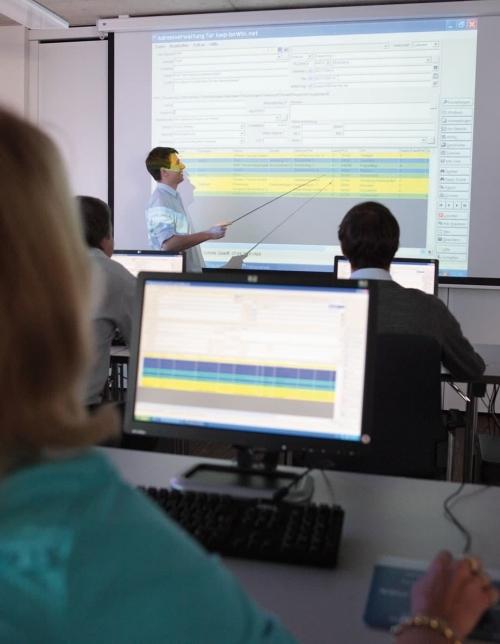Vertiefen Sie Ihr Fachwissen mit Workshops, E-Learning oder Intensiv-Schulungen