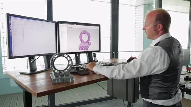 Modellbau Kurz industrialisiert 3D Druck mit Siemens und HP
